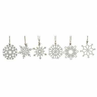 12x houten kerst sneeuwvlok kersthangers wit 6 cm