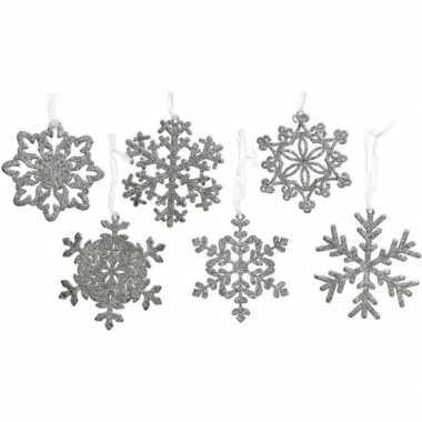 12x kersthangers/kerstornamenten zilveren kerst sneeuwvlokken 10 cm