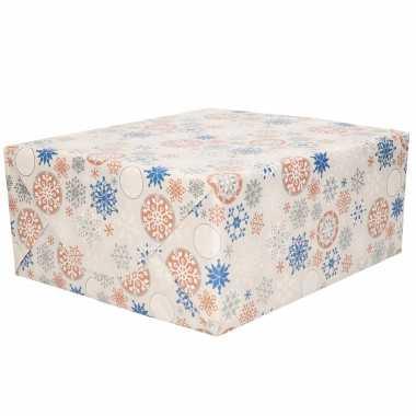 3x rollen kerst cadeaupapier/inpakpapier grijs met zilver / blauwe kerst sneeuwvlokken print 200 x 70 cm