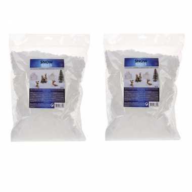 3x zakjes kunstkerst sneeuw/nepkerst sneeuw kerst sneeuwvlokken 50 gram