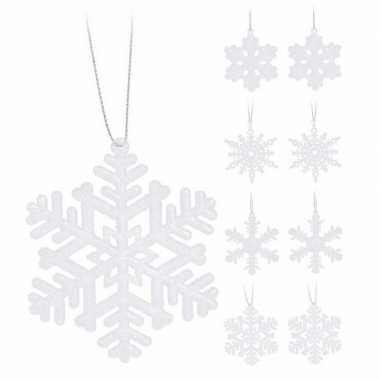 8x kersthangers figuurtjes witte kerst sneeuwvlok/ster 10 cm glitter