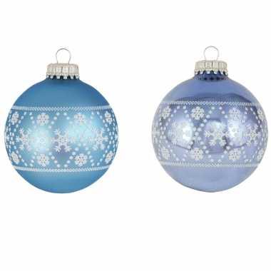 8x luxe blauwe glazen kerstballen met witte kerst sneeuwvlokken 7 cm