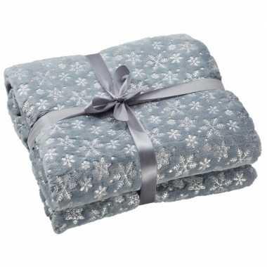 Fleece deken grijs met kerst sneeuwvlokken print 130 x 150 cm