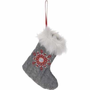 Grijze kerstsok met kerst sneeuwvlok kerstversiering hangdecoratie 21