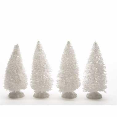 Kerstdorp maken bekerst sneeuwde decoratie dennenbomen 4 stuks 10 cm