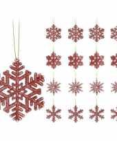 16x kersthangers figuurtjes rode kerst sneeuwvlok ster 10 cm glitter